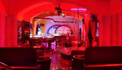 Queens Night Club  Fotografie 2